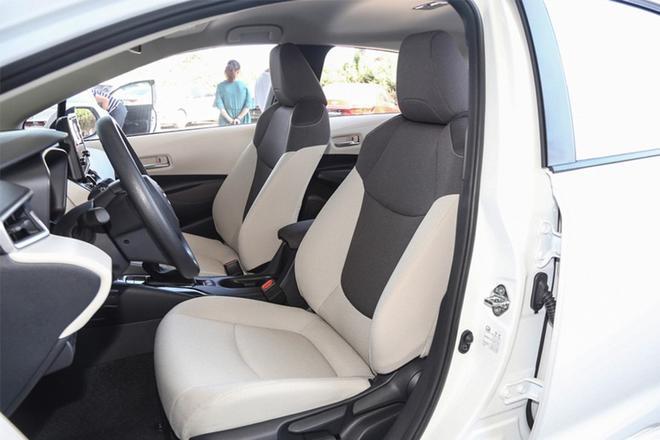 居家车型的对决 起亚全新一代K3对比丰田卡罗拉