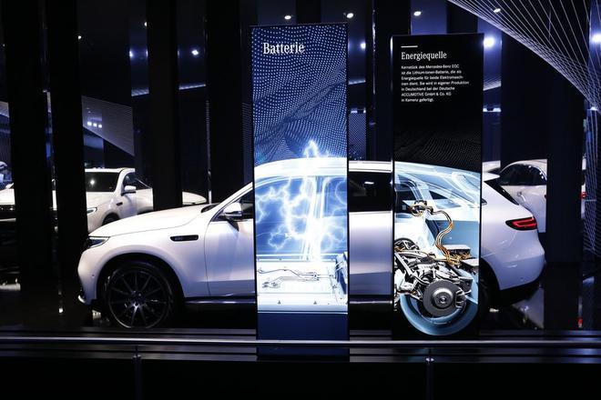 电动化正在颠覆整个汽车行业 全球制造商累