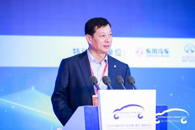 东风汽车集团有限公司董事长、党委书记 竺延风