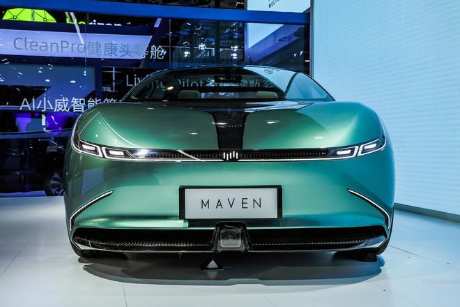 2020北京车展:续航达800km 威马首款纯电轿车亮相
