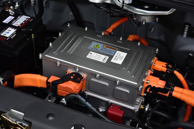 3+1模式完善产品矩阵 东风风行商务家族多款新车上市