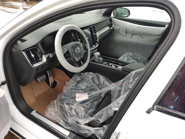 历史上第一次更新换代 全新沃尔沃V60即将国内上市
