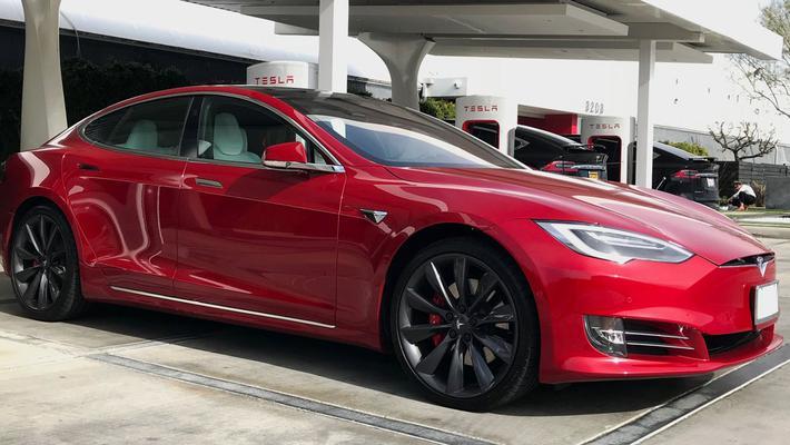 特斯拉全球召回12.3万辆Model S 为迄今最大召回量