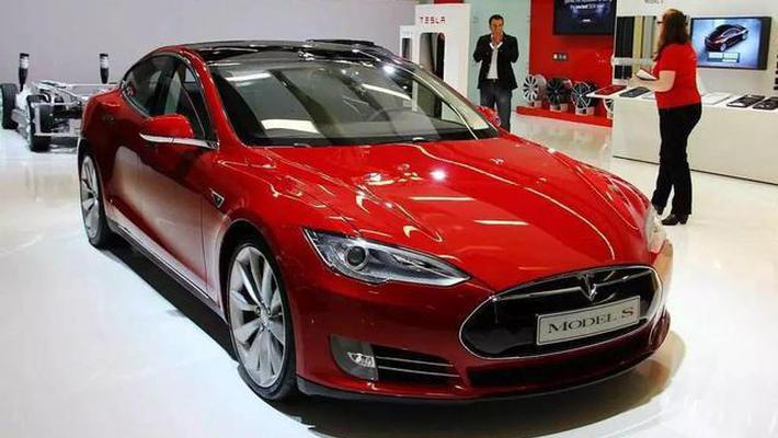 新能源二手车为啥不值钱?特斯拉3年后残值仅3成