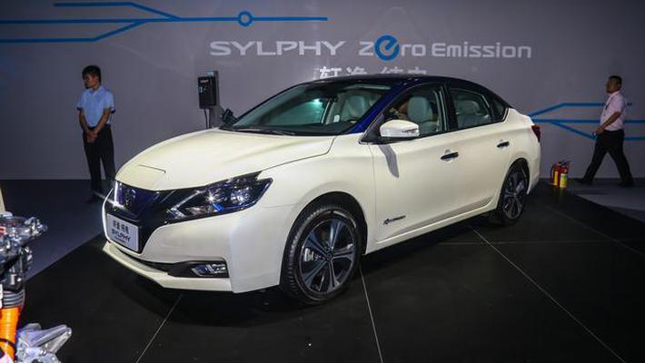 东风日产轩逸纯电动车10月上市 补贴后16.6万元