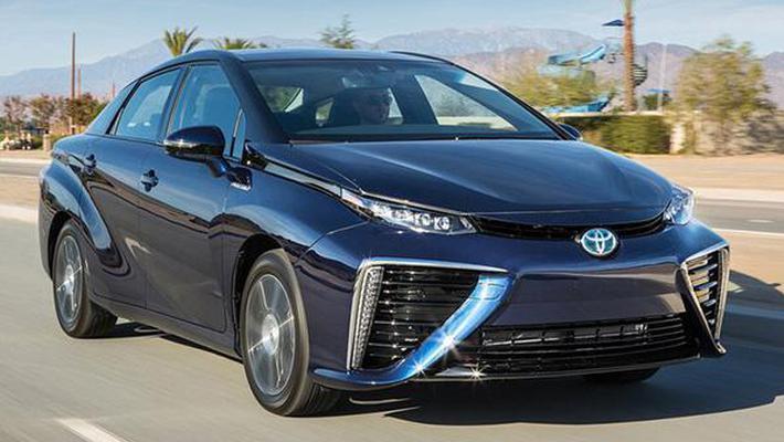 不加油不充电 丰田新能源车售价折合人民币约为26.5万