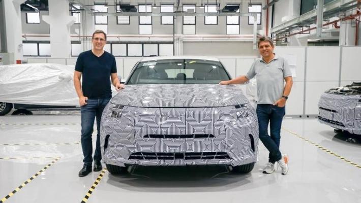 拜腾首台工程样车正式下线 新车预计2019年上市