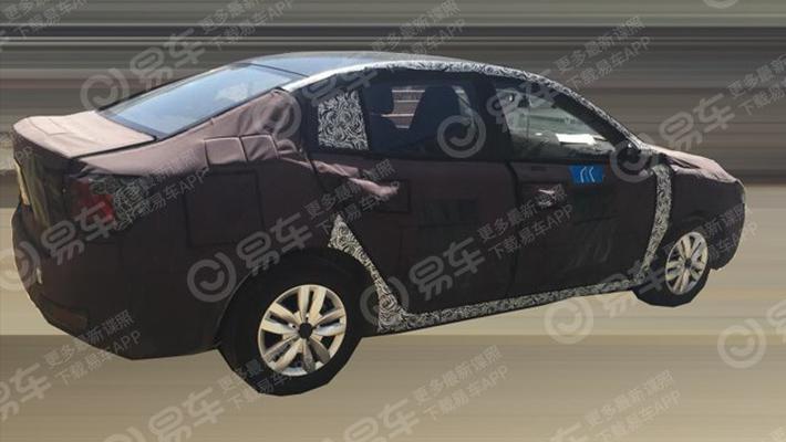 上汽荣威i5三厢纯电版车型谍照 或2019年秋季上市