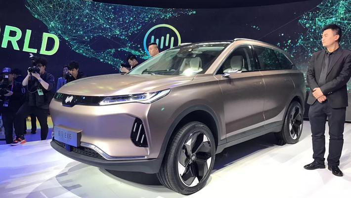 定位中型纯电动SUV 威马EX6明年四季度上市