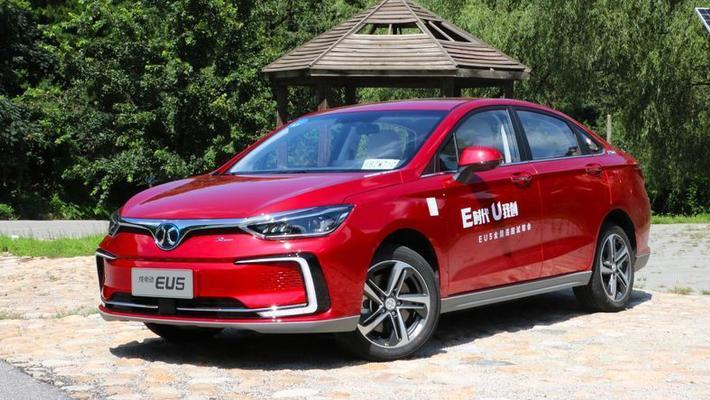 推荐四款现阶段值得购买的新能源车型