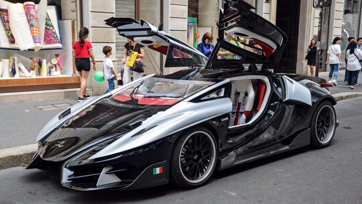 意大利电动超跑 外观酷似兰博基尼 车名看两遍都不记得