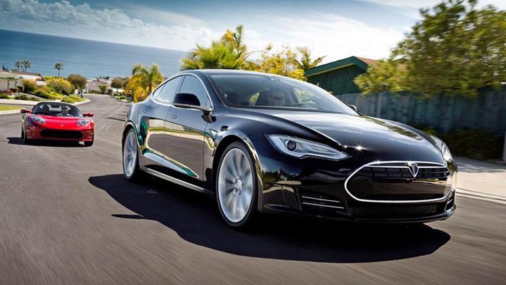 特斯拉Model S打败保时捷!没想到这么快