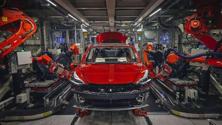 特斯拉最新黑科技 电池寿命能跑160万公里