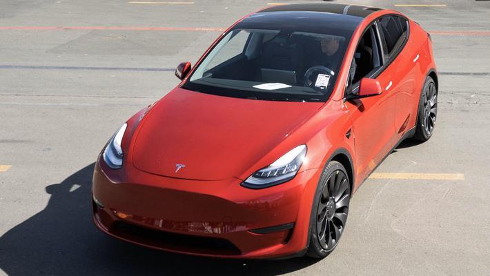 特斯拉100万辆电动汽车正式下线 2020年年产能将达65万辆