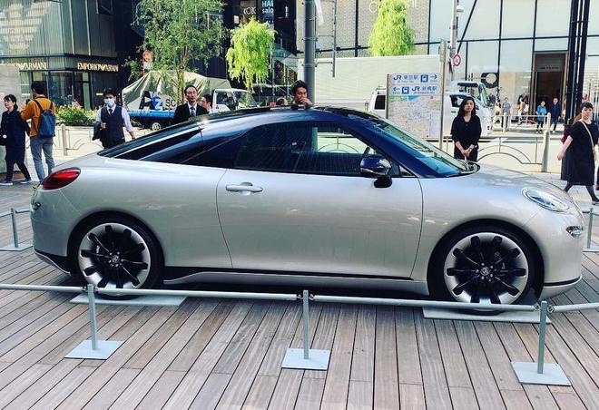 或为MR2继任者 丰田La Coupe概念车发布 汽车殿堂