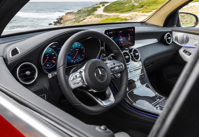 新款奔驰GLC Coupe官图 4月纽约车展首发