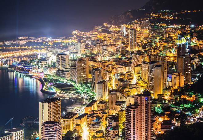 摩纳哥城市夜景