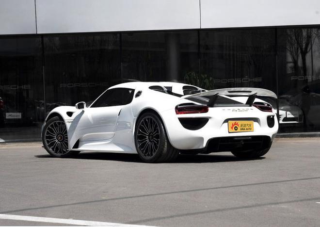 超级碗让人兴奋 汽车厂家也凑热闹打出王牌新车