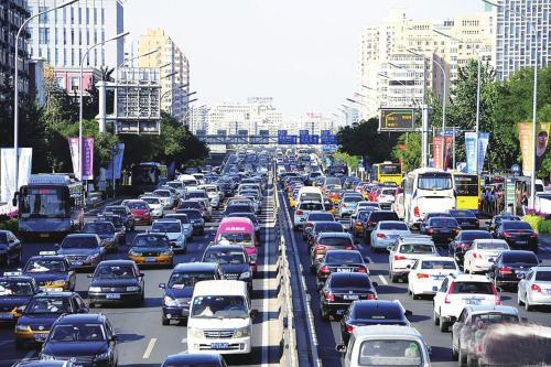 权威发布   3.4亿辆、4.2亿人 公安部交管局公布上半年全国机动车和驾驶人最新数据
