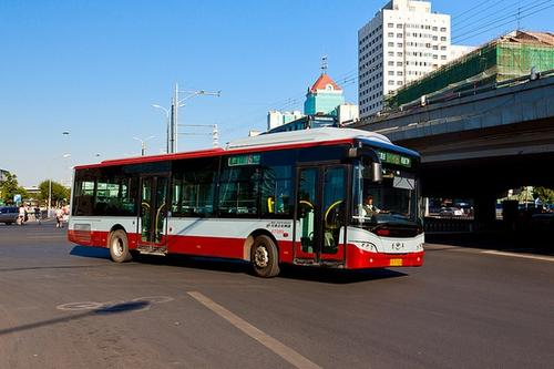今起进出京长途客运、旅游包车停运 跨市公交正常运行