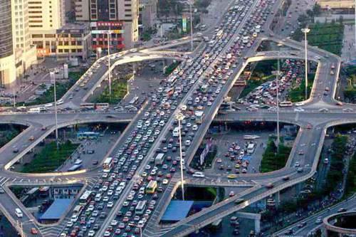 北京市交通委:北京对外交通基本正常 没有封城也不会封城