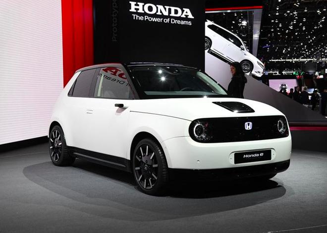 本田e量产版预告图发布 今年年底欧美上市