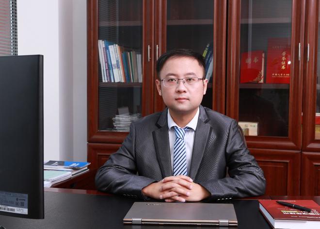 清华大学苏州汽车学院智能网联中心主任、江苏省智能网联汽车创新中心主任 戴一凡