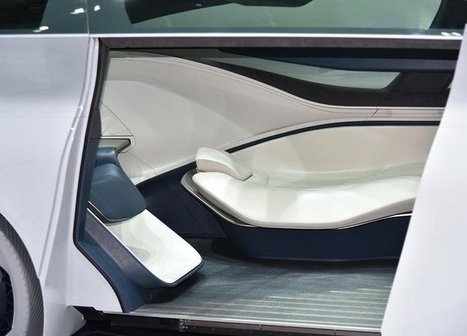 上海车展亮相将Icona Nucleus概念车