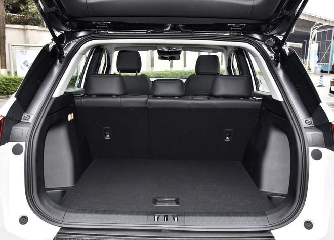 热门性价比之选 四款紧凑型纯电动SUV导购-第9张图片-汽车笔记网