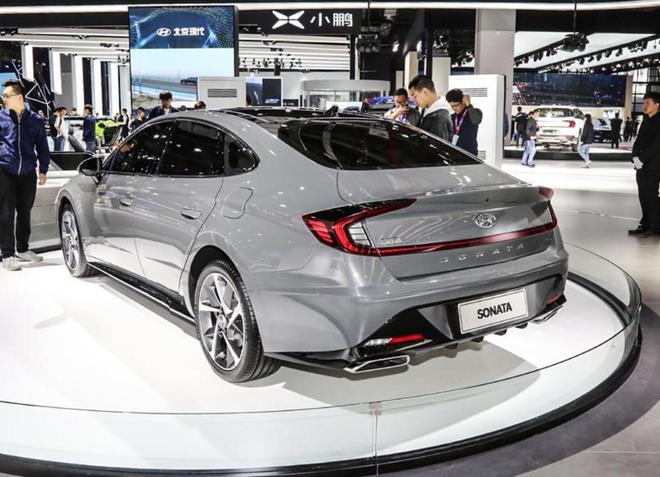 全新一代索纳塔采取家族设计 新车预计年底上市