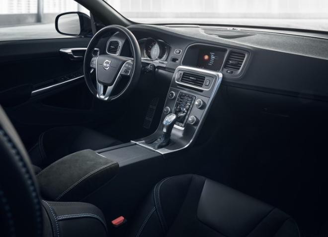 沃尔沃新款V60 Polestar上市 售价58.99万元
