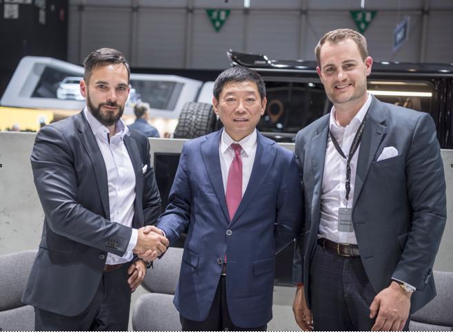长城汽车董事长、WEY品牌创始人魏建军先生与巴博斯汽车董事长 Constantin Buschmann先生和巴博斯汽车联合董事长兼CEO Christian Draser先生