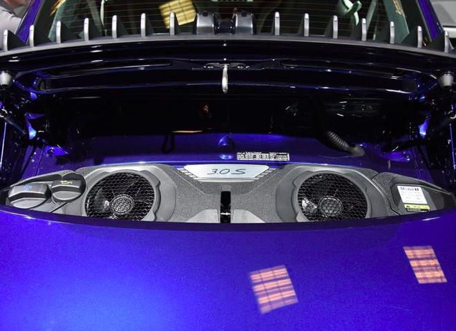 硬顶/敞篷911 Carrera 4S上海车展首发