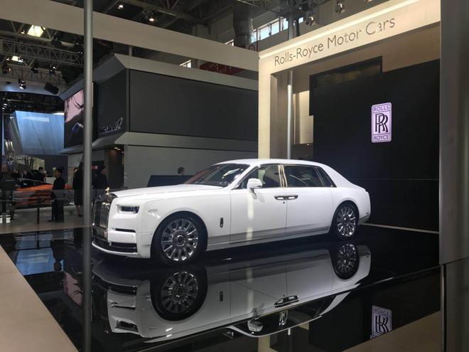 2018北京车展:劳斯莱斯3款高级定制车型发布