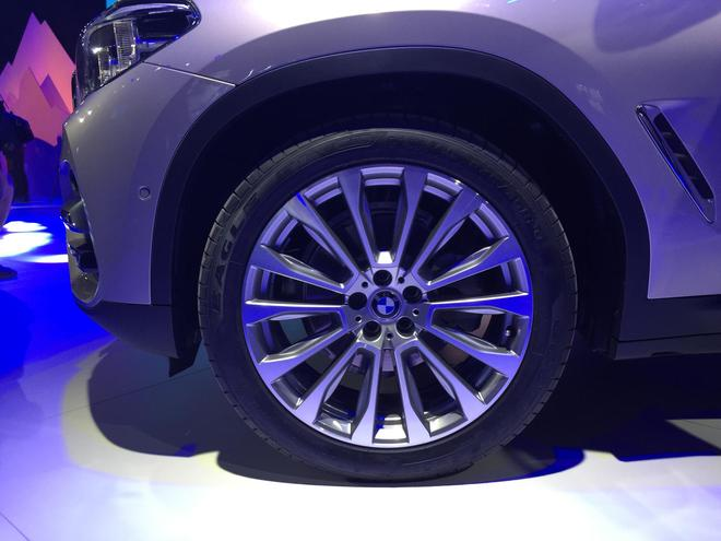 全新BMW X3公布价格 售价39.98-58.58万元