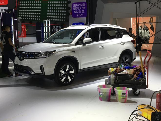 2018成都车展探馆 广汽丰田ix4实车亮相