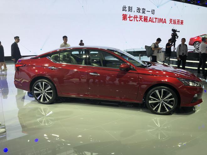 2018广州车展:东风日产全新一代天籁亮相