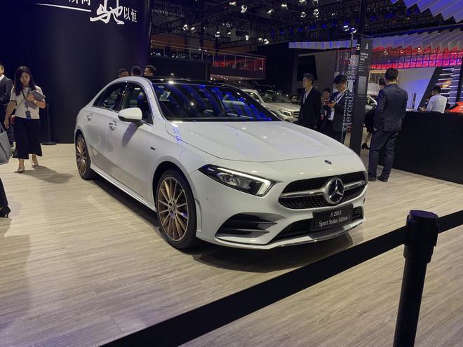 2018广州车展 奔驰C级衍生车型上市