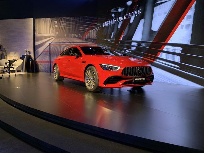 梅赛德斯-AMG GT四门版开启预售 预售价100万元起