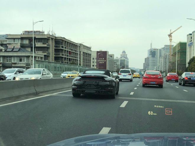 911 Turbo Cabriolet国内谍照 新车代号992
