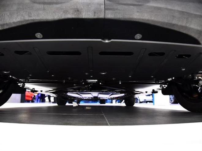 新款宝马i3系列今晚上市 续航最大可达359km。