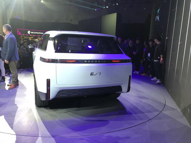 博郡汽车两款SUV正式发布 上海车展亮相