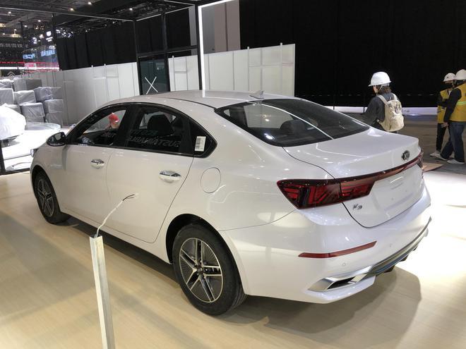 2019上海车展探馆:新一代起亚K3插电混动版