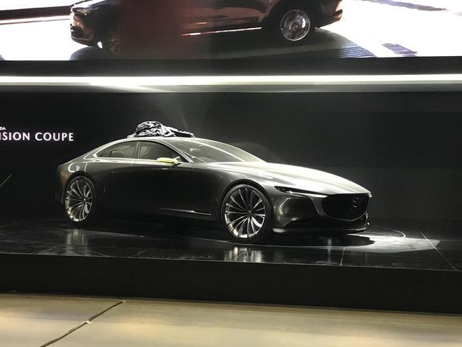 2019上海车展探馆:马自达 VISION COUPE概念车