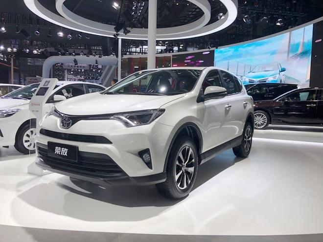 一汽丰田携多款车型亮相深港澳车展