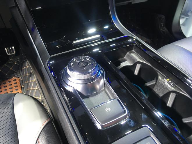 2019重庆车展 长安福特携两款新车亮相