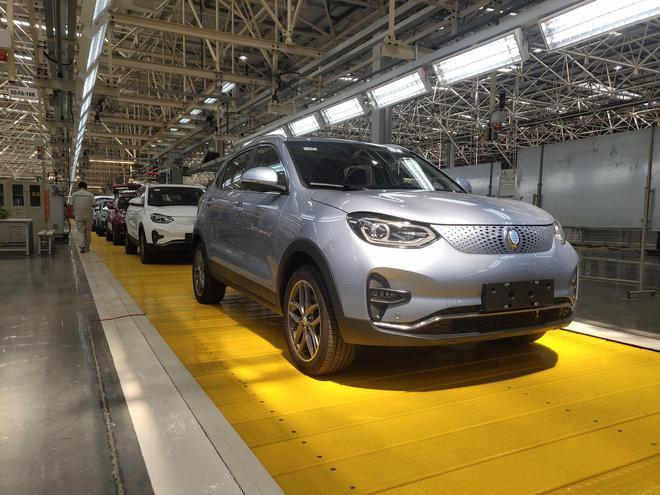 首款车型GX5正式下线 国机智骏5年推16款新车