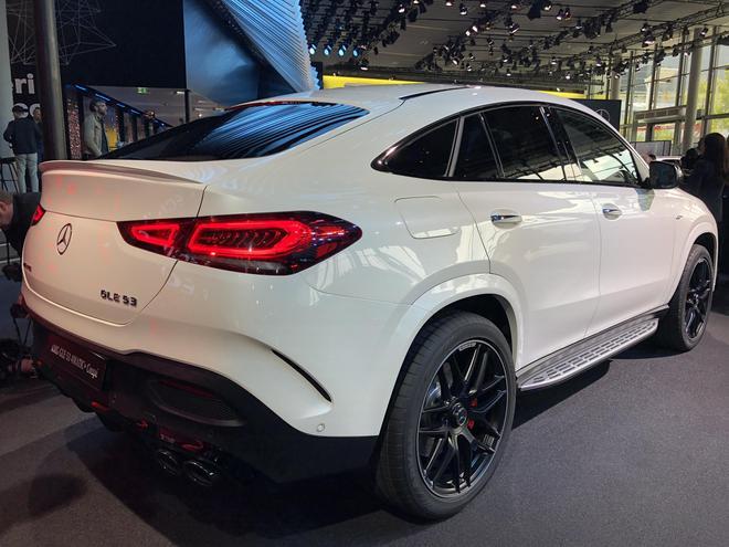 2019法兰克福车展:全新奔驰AMG GLE 53 Coupe将亮相