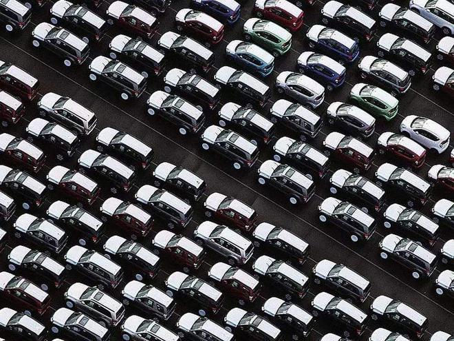 数说|国内车市1月销量下滑18% 新能源汽车销量腰斩