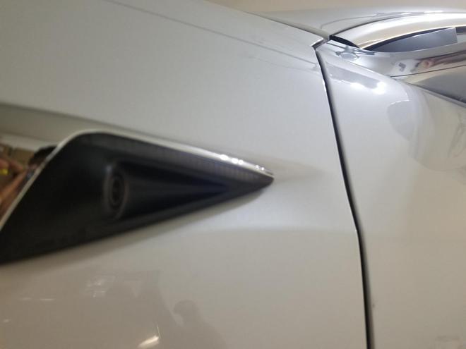 特斯拉Model 3性能版新车被曝存多处质量问题